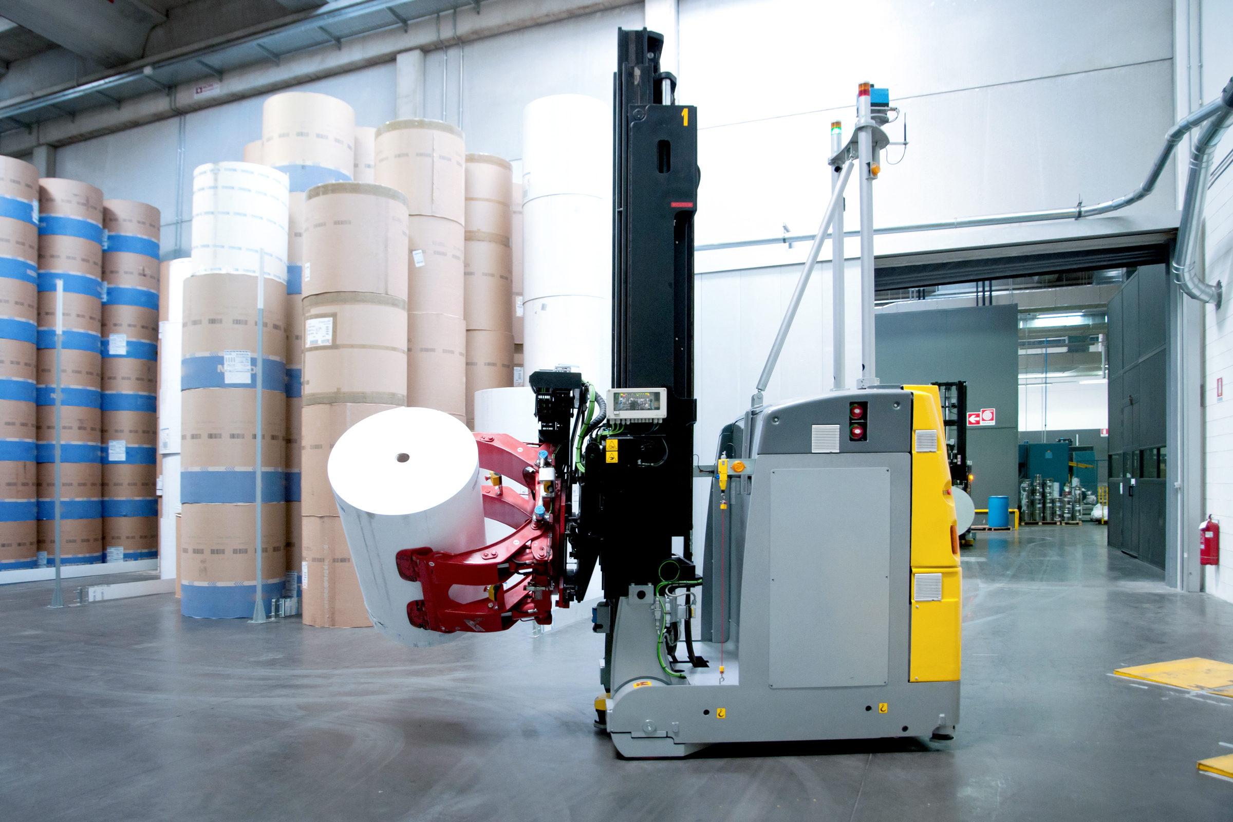 Druckerei: Automatisiertes Lager für Papier