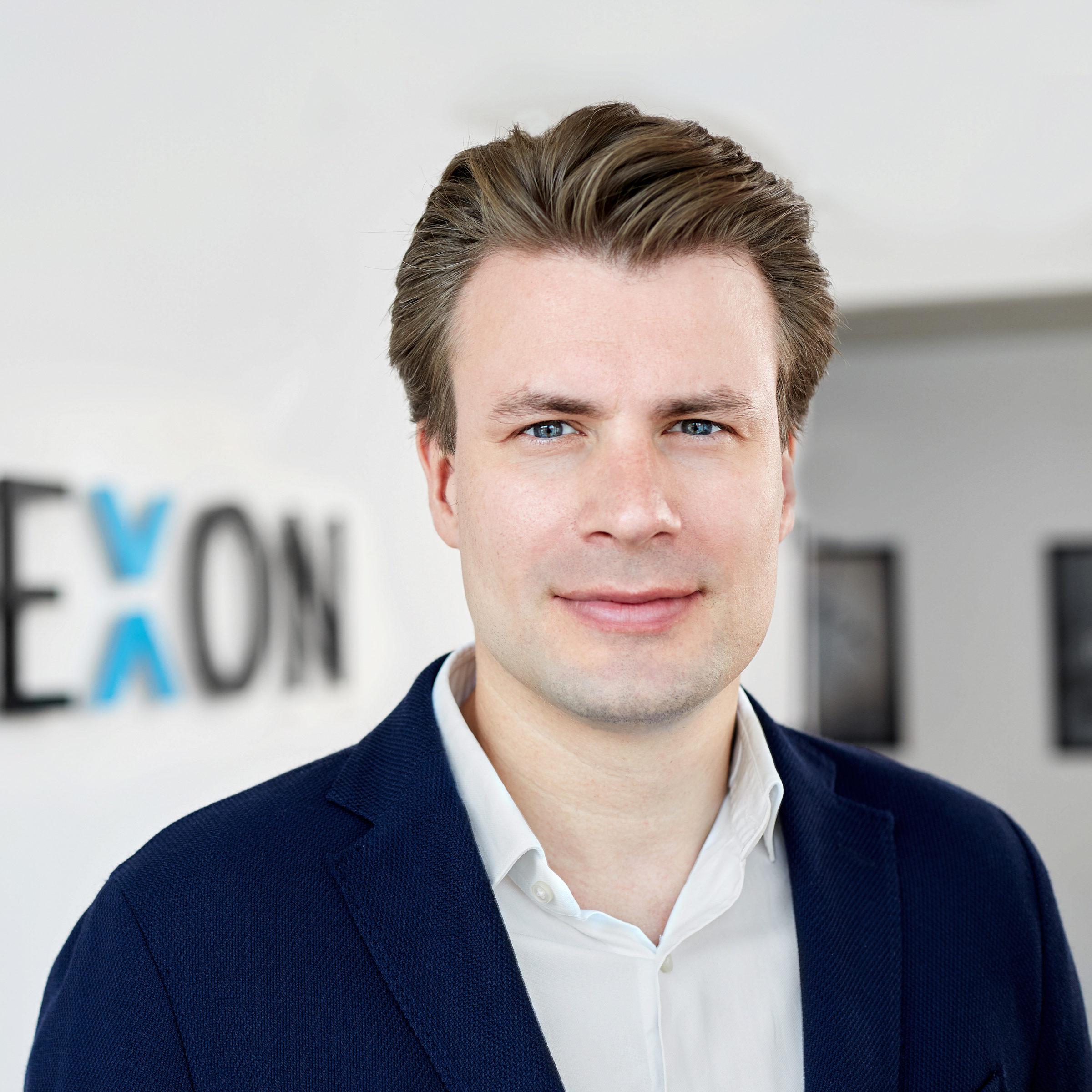 Dr. Alexander Hüttenbrink - Mitgründer und Geschäftsführer der KINEXON Industries GmbH