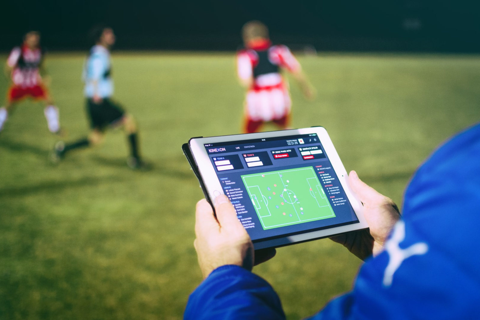 Sport analysis software from KINEXON in use on the soccer field.