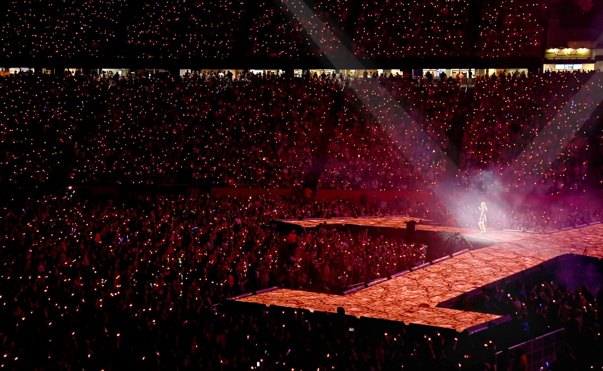 Taylor Swift Stadium Tour