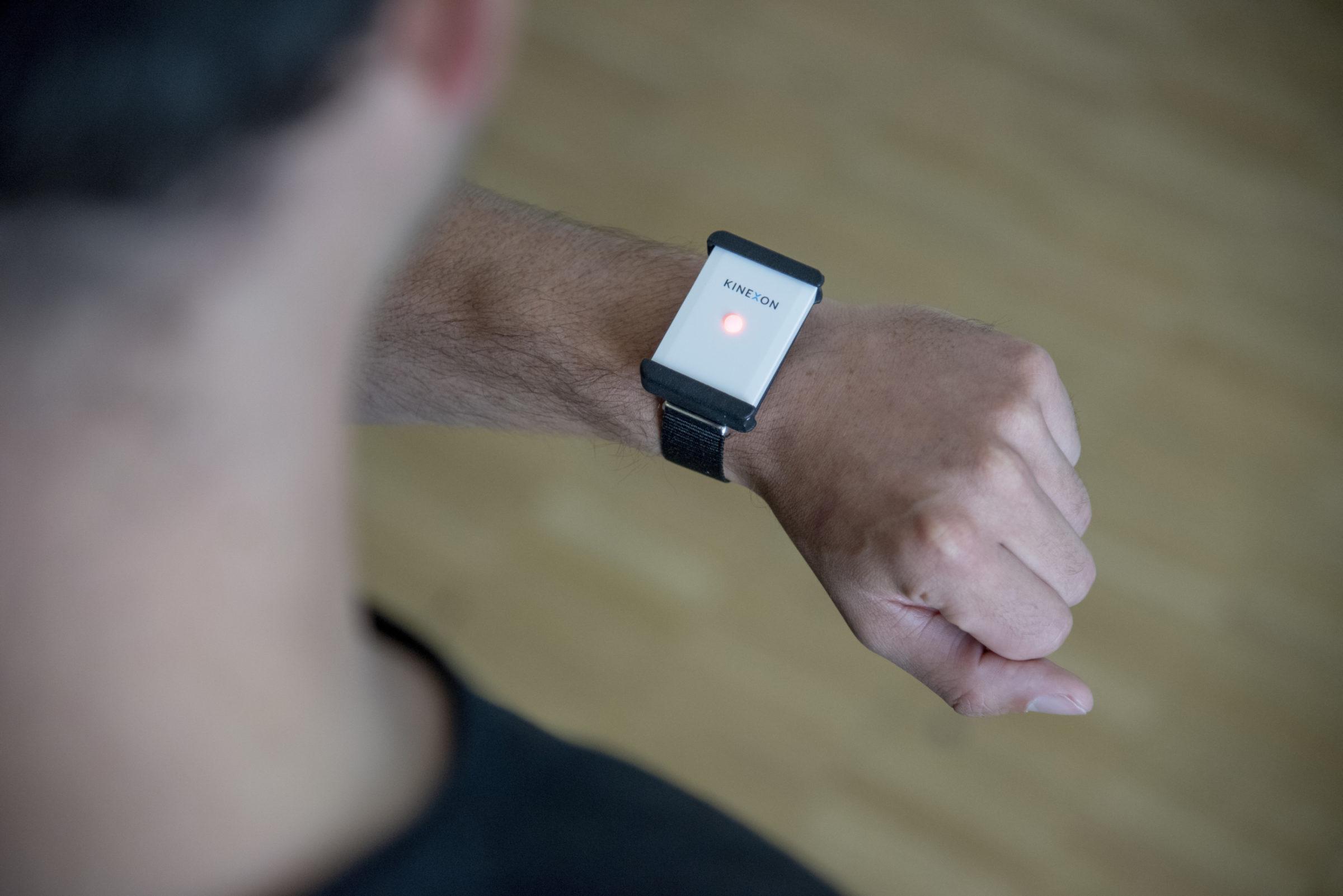 Safe Tag on Wrist 3 1