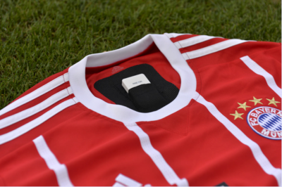 KINEXON-Sensor-im-FC-Bayern-Trikot